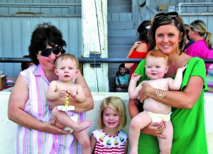 Diaper Derby Lexie Truman winner with Tammy ALlen and Parker Nesbitt with Ashley and Anna Warren Nesbitt
